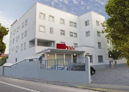 20100916232415-clinica-el-pilar-10.jpg