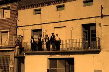 20110117125444-esperando-a-la-infanta.jpg