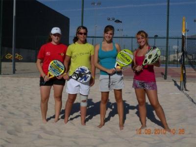 20110215173327-tenis-playa-en-villanueva.jpg